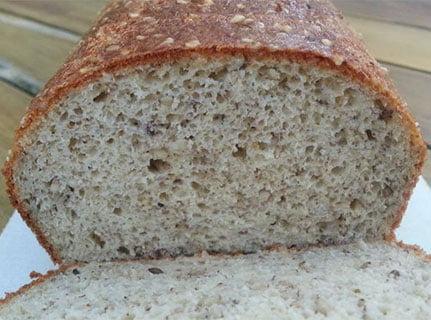 Koolhydraatarm brood met rozemarijn