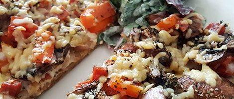 Koolhydraatarme pizza met tonijn